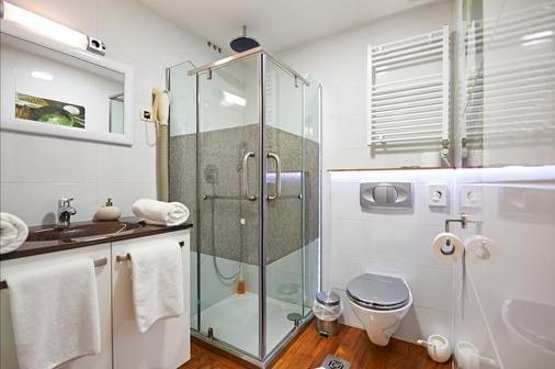 Hotel Tomi - Portorož - Bathroom