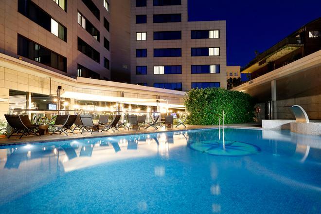 Hotel SB Icaria Barcelona - Барселона - Бассейн