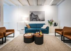 Yays Zoutkeetsgracht Concierged Boutique Apartments - Amsterdam - Living room