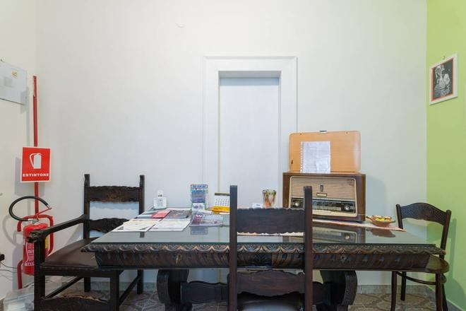 Casa Mariella - Naples - Dining room