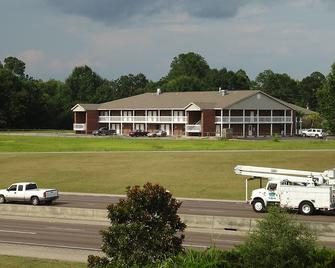 M Star Hotel North Mobile - Chickasaw - Building