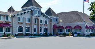 Magnuson Grand Pioneer Inn And Suites - Escanaba