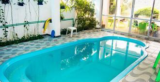سكاي فالي هوتل - غرامادو - حوض السباحة