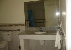 長灘陶爾汽車旅館 - 長灘 - 長灘 - 浴室