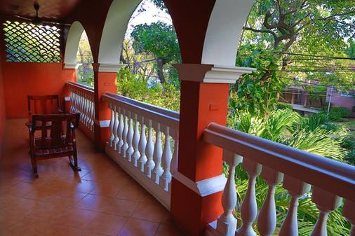 Hotel Le Chateau - Managua - Ban công