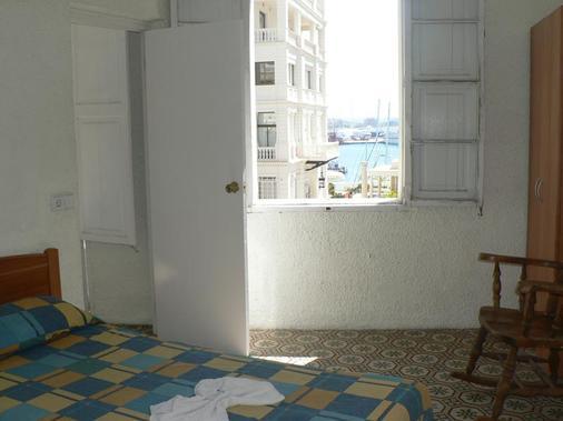 Hostal Terramar - Palma de Mallorca - Habitació