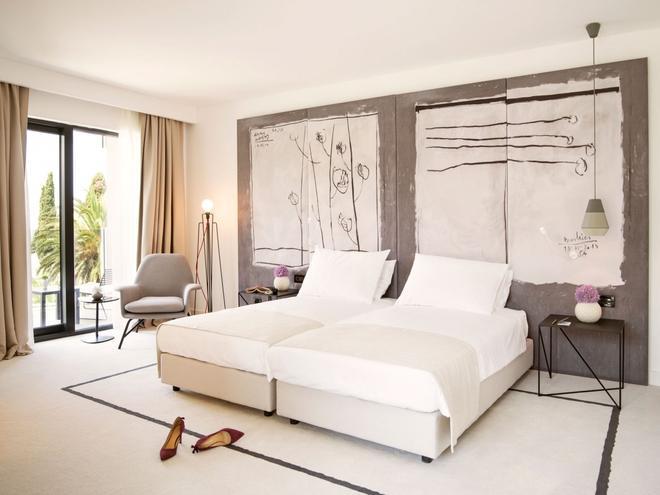 Hotel Kompas - Ragusa - Camera da letto