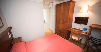 Hotel Alba - Soria - Schlafzimmer