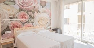 Hotel S'Agoita - פלאטחה ד'ארו - חדר שינה