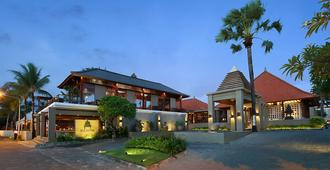 Bali Niksoma Boutique Beach Resort - Kuta - Building
