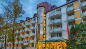 Leonardo Hotel & Residenz München - München - Gebäude