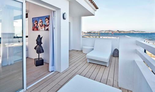 Ushuaia Ibiza Beach Hotel - Adults Only - Sant Jordi de ses Salines - Balcony