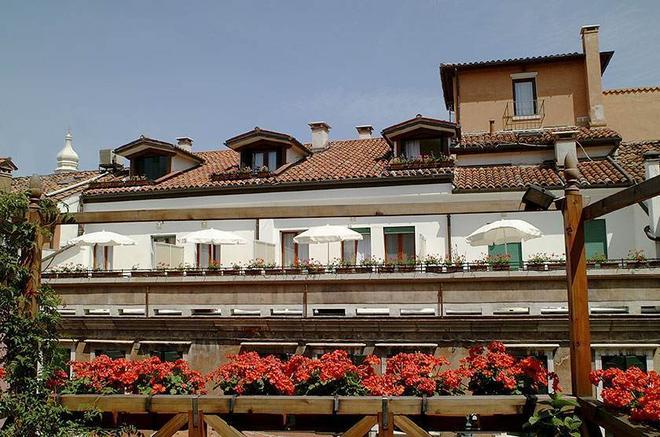 Hotel Bisanzio - Venetsia - Rakennus