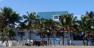 Numero Uno Beach House - San Juan