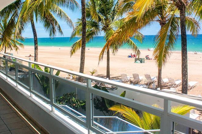 Numero Uno Beach House - San Juan - Ban công