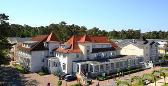 R&R Strandhotel Baabe - Ostseebad Baabe - Edificio