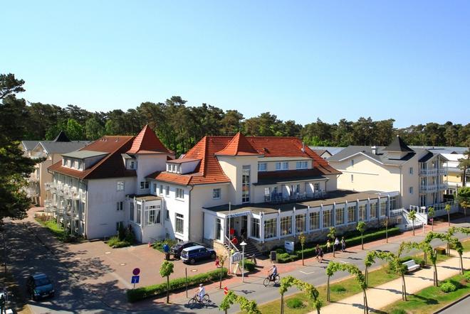 R&R Strandhotel Baabe - Ostseebad Baabe - Gebäude