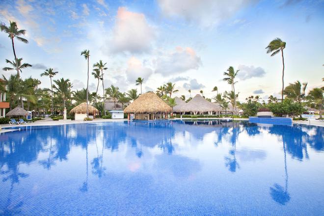 蓬塔卡納巴伊亞普林格蘭德飯店 - 蓬塔卡納 - 游泳池