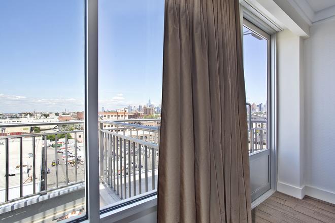 Hotel Le Bleu - Brooklyn - Balcony