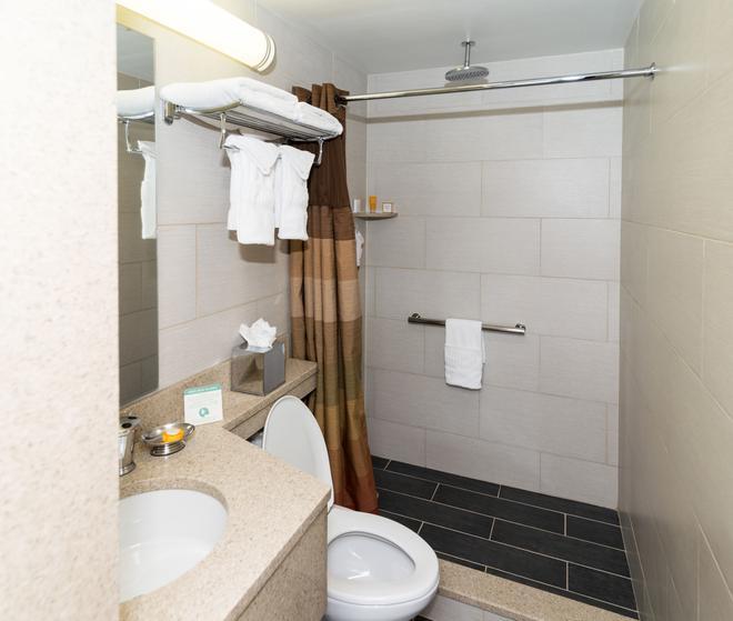 Hotel Le Jolie - Brooklyn - Bathroom