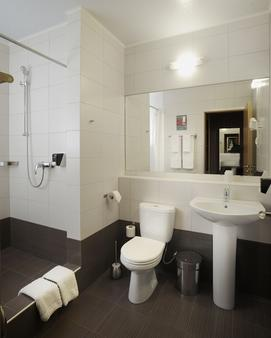 Marmelade Hotel - Perm - Bathroom