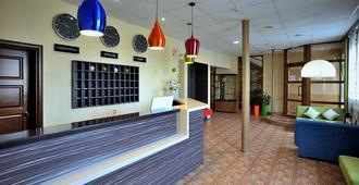 Marmelade Hotel - Perm - Front desk