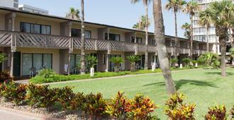 Isla Grand Beach Resort - South Padre Island - Building