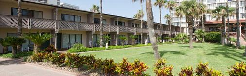 Isla Grand Beach Resort - Đảo Nam Padre - Toà nhà