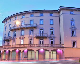 Lugano Center Guesthouse - Lugano - Building