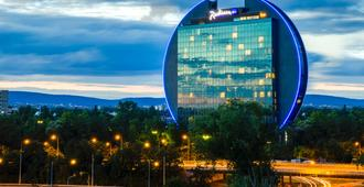 Radisson Blu Hotel, Frankfurt am Main - Francoforte - Edificio