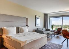 弗蘭克福特麗笙酒店 - 法蘭克福 - 法蘭克福 - 臥室