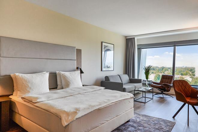 Radisson Blu Hotel, Frankfurt am Main - Frankfurt am Main - Bedroom