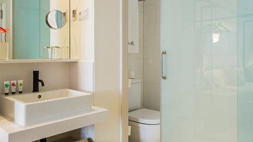 Hotel Denit Barcelona - Barcelona - Bathroom