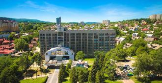 Truskavets 365 Hotel - Truskavets - Edificio