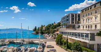 Smart Selection Hotel Istra - Opatija - Building