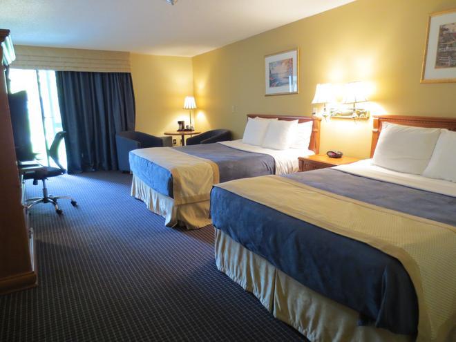 Country Squire Resort - Gananoque - Bedroom