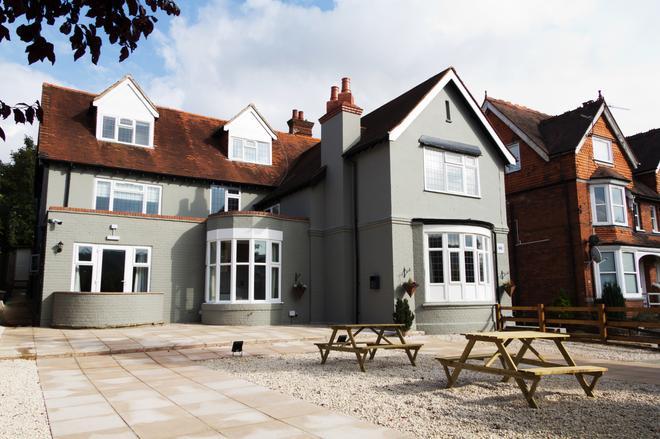 Rye Court Hotel - High Wycombe - Rakennus
