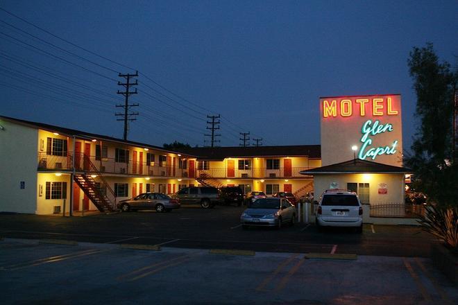 Glen Capri Inn & Suites - Burbank Universal - Glendale - Building
