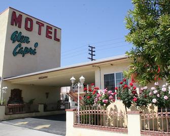 Glen Capri Inn & Suites - Burbank Universal - Ґлендейл - Building