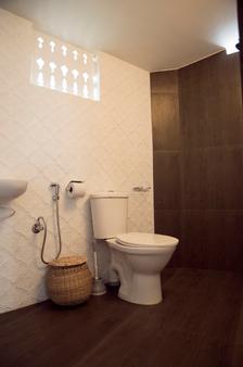 Inda Hotel - Varkala - Kylpyhuone