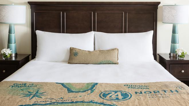 24 North Hotel Key West - Key West - Bedroom