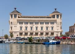 Ortea Palace Luxury Hotel - Siracusa - Edificio