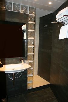 阿克塔米兰尼酒店 - 巴塞罗那 - 浴室
