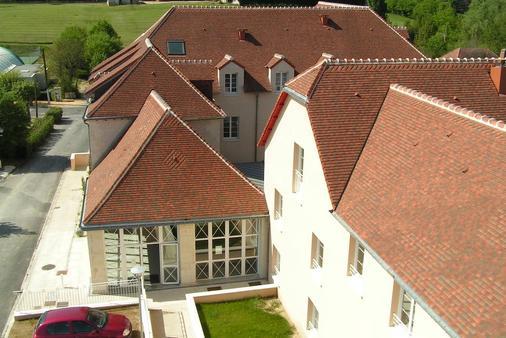 Terres De France - Appart'hotel La Roche-Posay - La Roche-Posay - Building