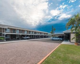 Takalvan Motel - Bundaberg - Building