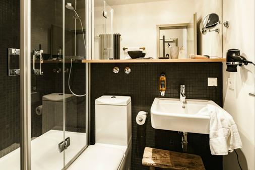 BOLD Hotel München Zentrum - Munich - Phòng tắm