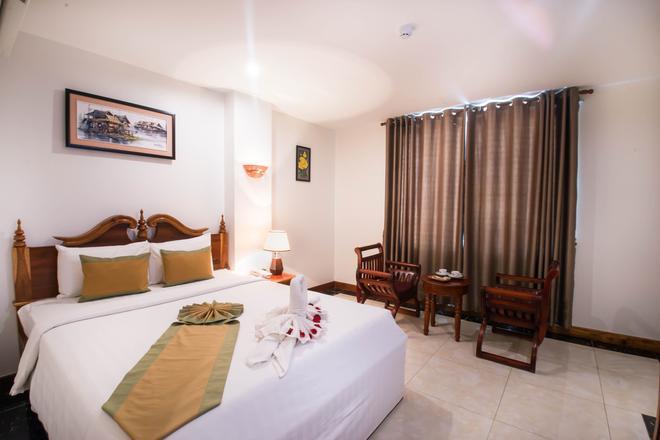 瑞萊斯大酒店 - 金邊 - 金邊 - 臥室