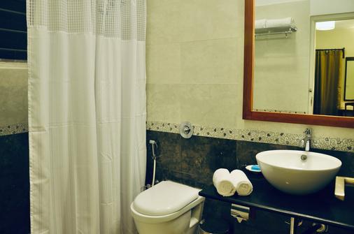 Annsun Boutique Hotel - Chennai - Kylpyhuone