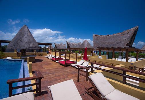 Pueblito Escondido Luxury Condo Hotel - Playa del Carmen - Balcony