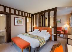 Hotel Restaurant Le Dauphin et Le Spa du Prieuré - Caen - Habitación